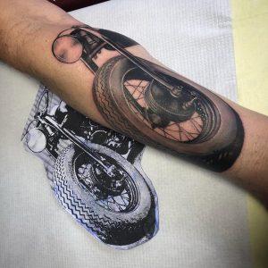 nauka tatuażu realistycznego - Ponton Tattoo School