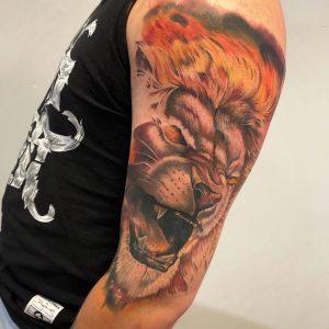 Tatuaż lew - Nauka tatuowania