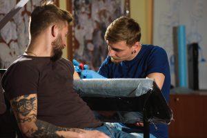 Kurs tatuażu w Poznaniu - Ponton Tattoo School